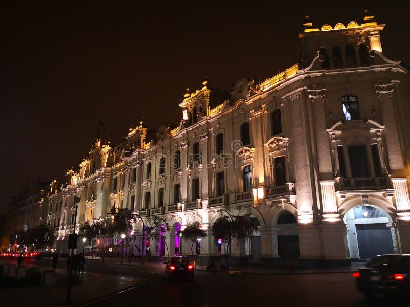 Lima in de nacht stock foto's