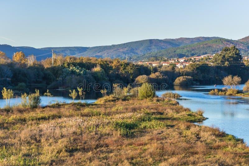 Lima River en Portugal foto de archivo libre de regalías