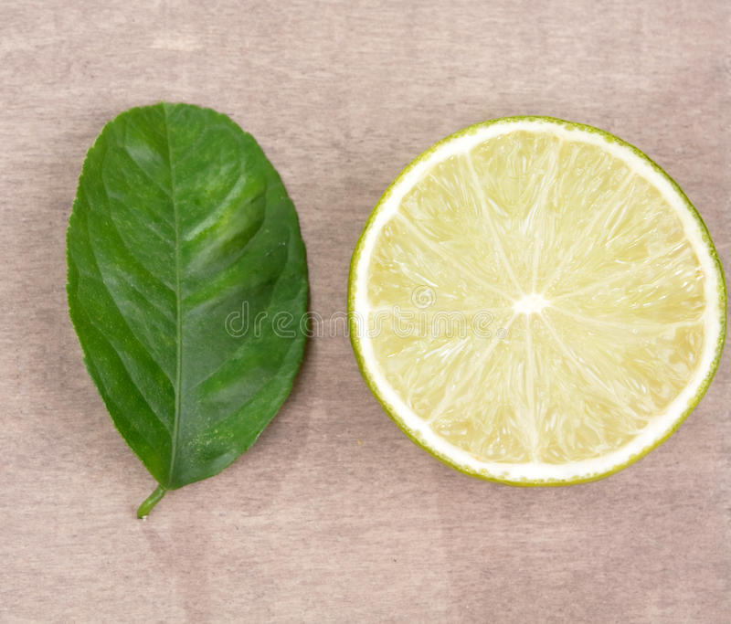 Download Lime With Leaf Royalty Free Stock Photography - Image: 10665117