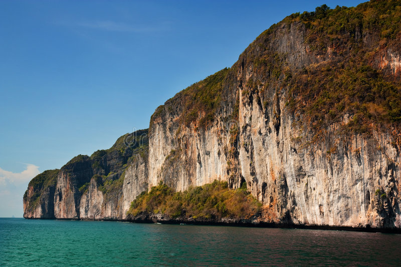 Download Limestone Cliffs At Koh Phi Phi Royalty Free Stock Photography - Image: 8946027