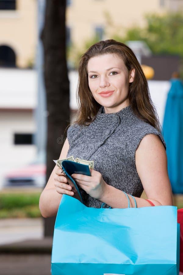 Limite da despesa da compra da mulher foto de stock royalty free