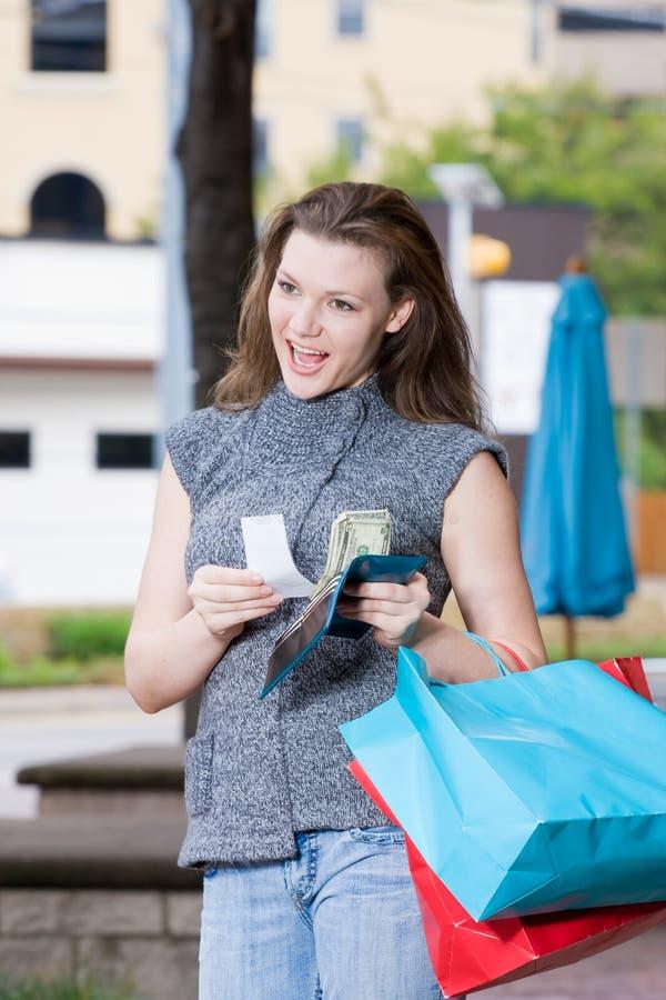 Limite da despesa da compra da mulher fotos de stock