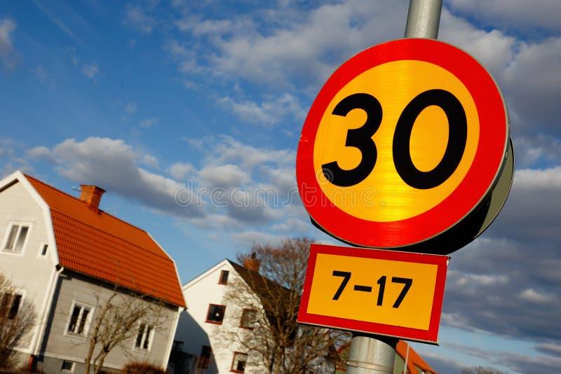 Limite di velocit? 30 fotografie stock libere da diritti