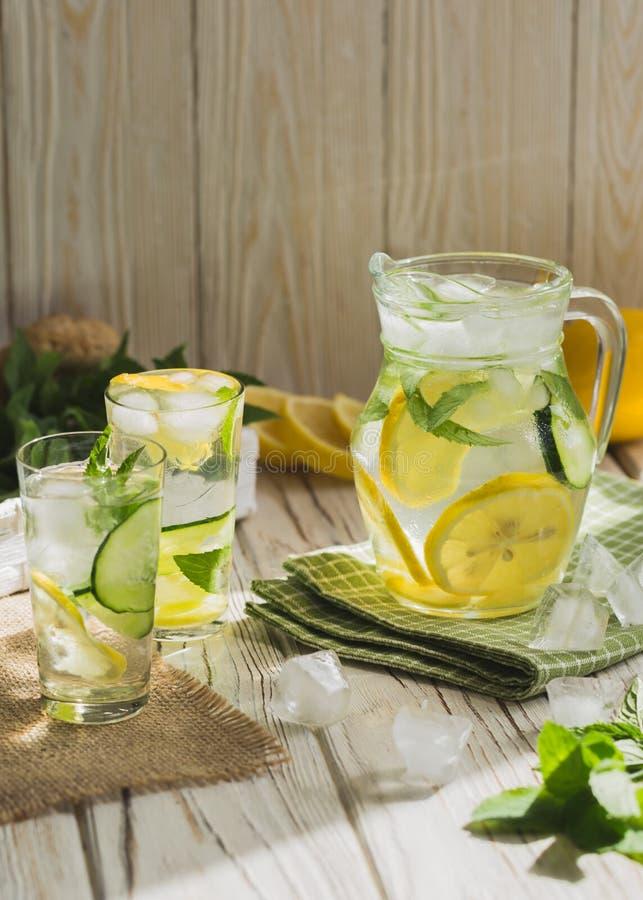 Limonada caseiro saudável imagens de stock