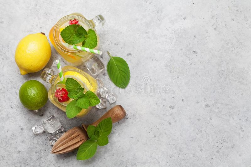 Limonada fresca del verano foto de archivo libre de regalías