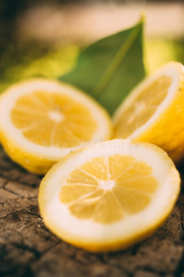 Limonade de support, citron de tranche photo stock