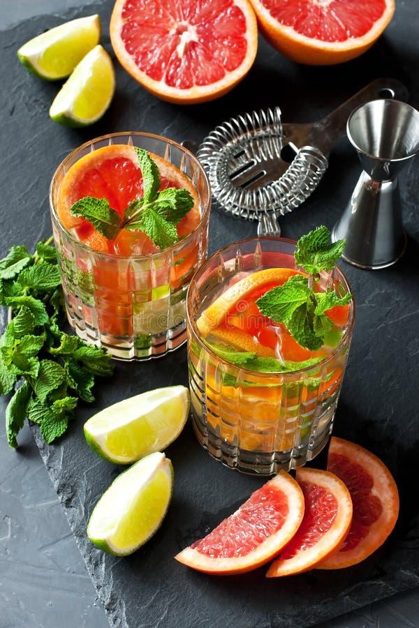 Limonata fresca dell'agrume di estate fotografie stock