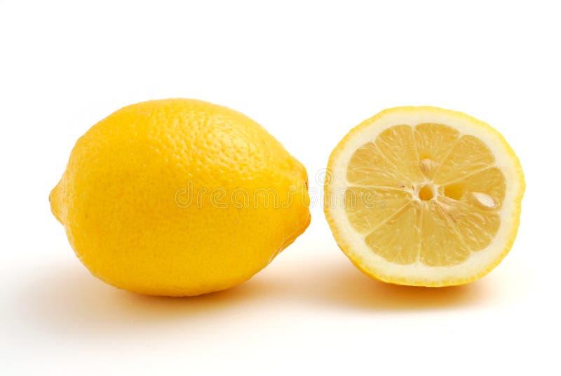 Download Limone immagine stock. Immagine di vitamina, alimento - 7309871
