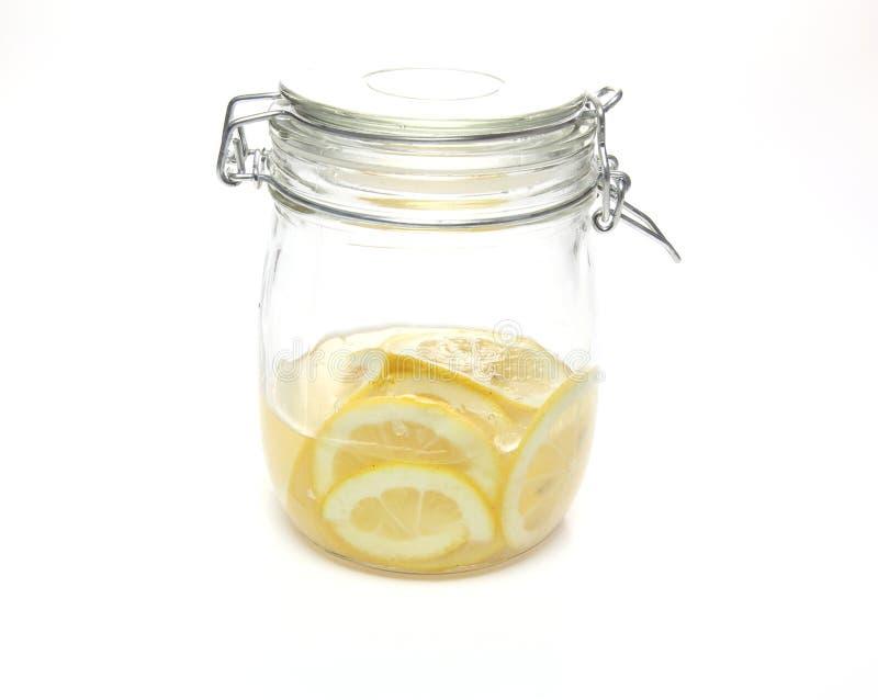 Limone marinato in aceto fotografie stock libere da diritti
