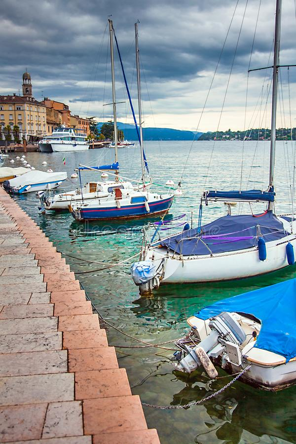 Limone See Garda Italien lizenzfreies stockfoto