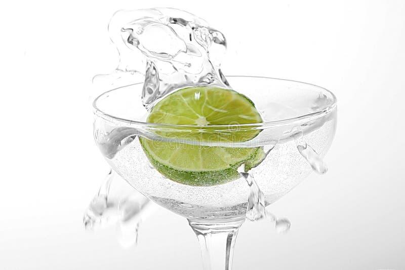 Limone in vetro fotografie stock