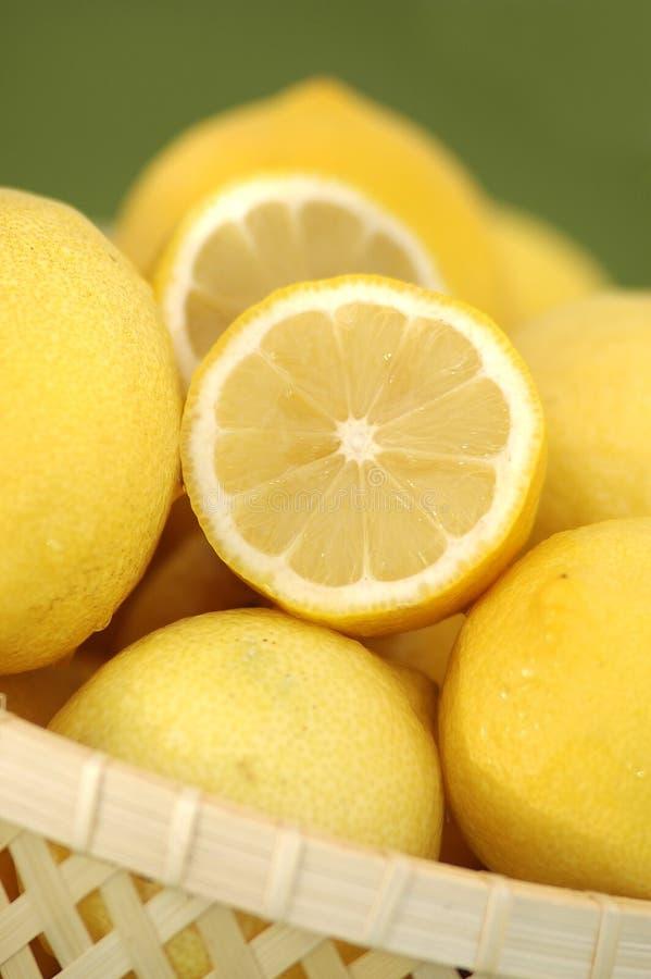 Limones orgánicos fotos de archivo libres de regalías