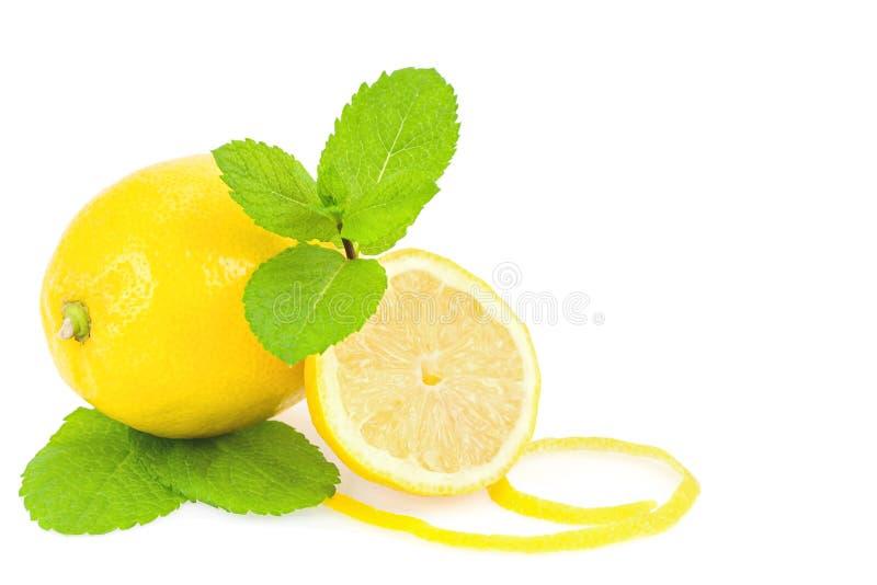 Limones y menta imagenes de archivo