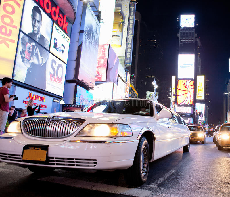 Limousine in Times Square royalty free stock photos