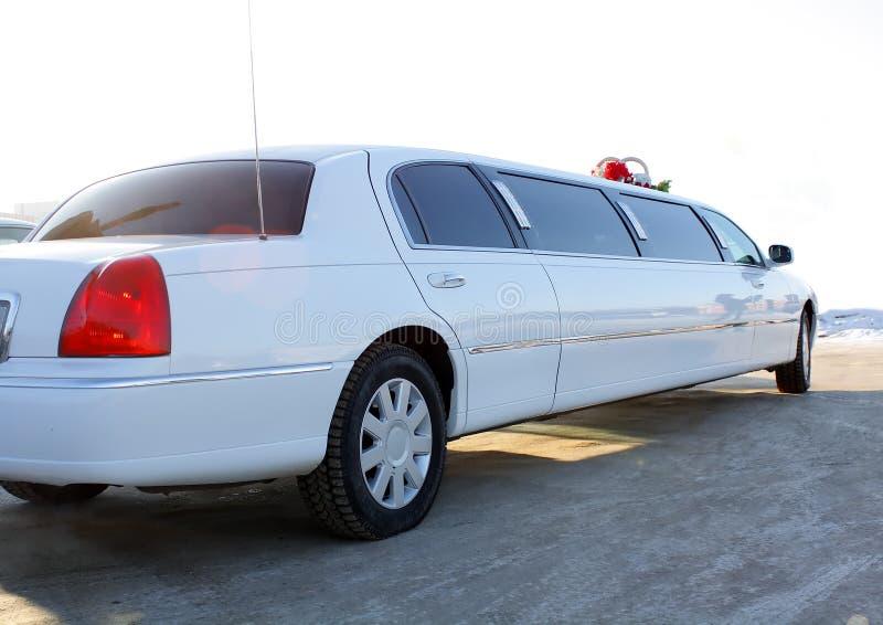 limousinebröllopwhite arkivfoton