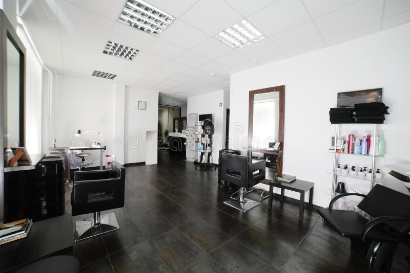 Limpe o cabeleireiro europeu fotografia de stock royalty free