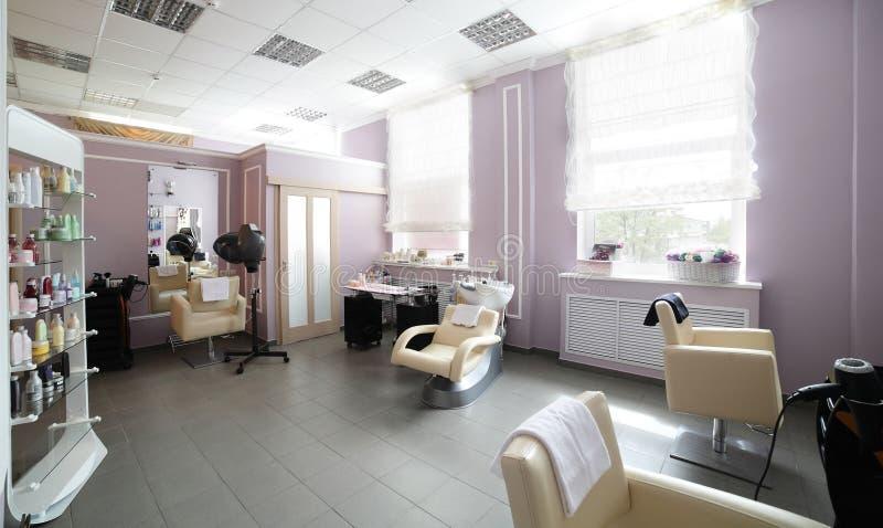 Limpe o cabeleireiro europeu fotos de stock royalty free