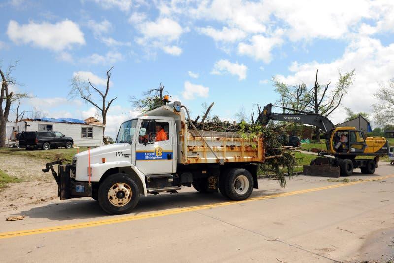 Limpie después de los tornados de St. Louis imagenes de archivo
