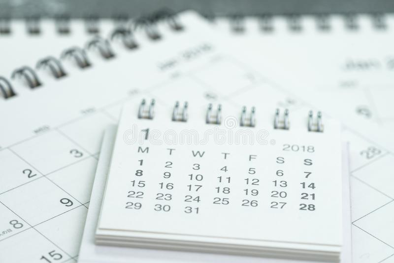 Limpie el plazo blanco del negocio del calendario, tiempo que pasa, plann del año fotos de archivo