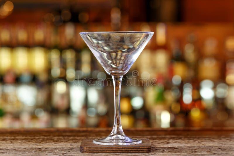 Limpie el vidrio de martini foto de archivo