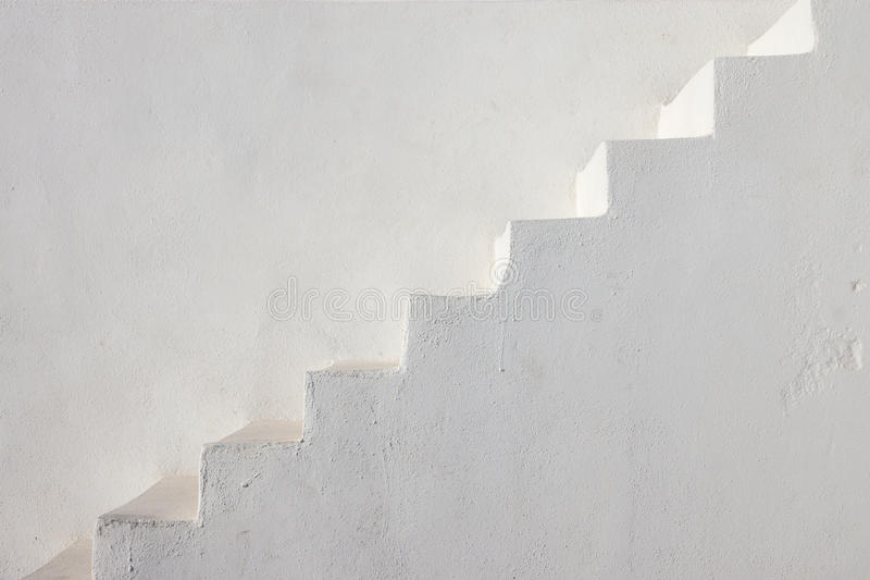 Limpie las escaleras blancas fotos de archivo libres de regalías