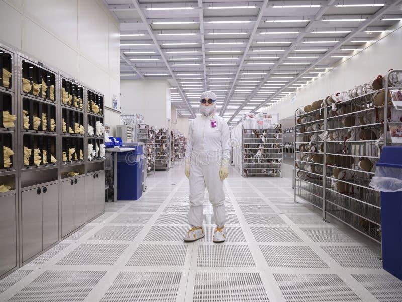 Limpieza, Fabricación Industrial, Tecnología, Trabajador de Fábrica imagen de archivo