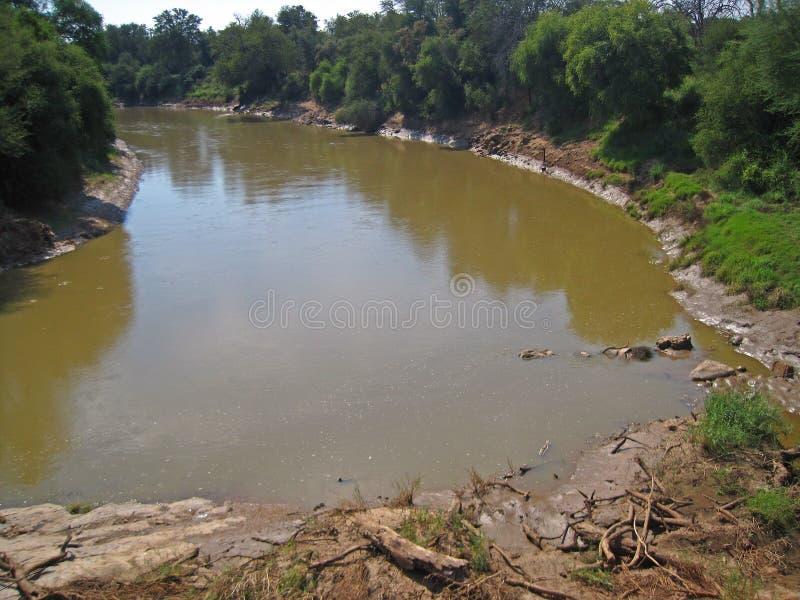 LIMPOPO brzeg rzeki NA PÓŁNOCNEJ granicie POŁUDNIOWA AFRYKA I rzeka obrazy royalty free