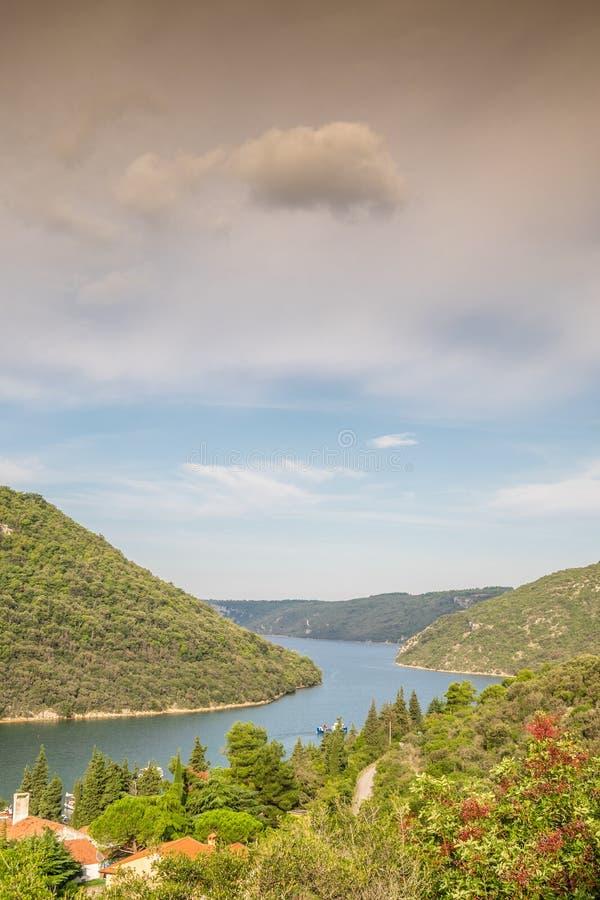 Limski运河- Istrian半岛地标  免版税库存照片