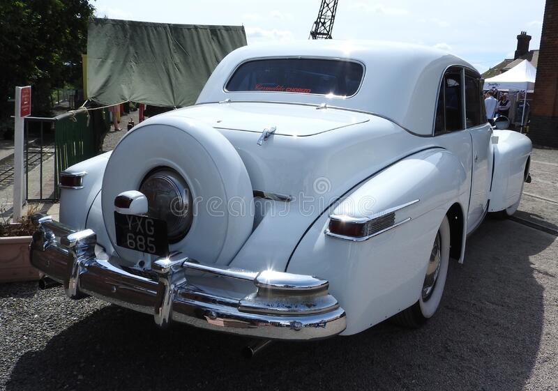 Lincoln Continental 1948 royaltyfri bild