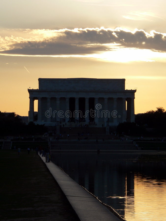 Lincoln-Denkmal im Washington DC (Bezirk Columbia) am Sonnenuntergang lizenzfreie stockfotografie