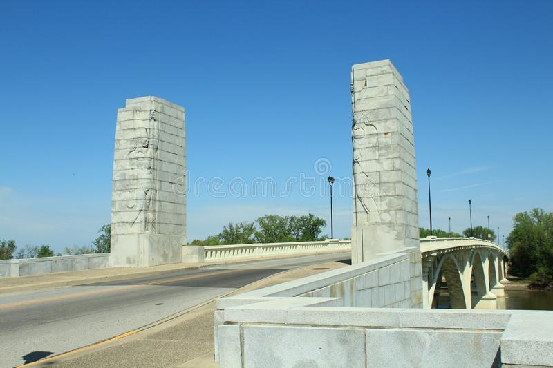Lincoln Memorial Bridge Pylons. Feature 2 full length reliefs of Native American Chiefs stock images
