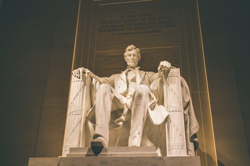 Lincoln Memorial Lit omhoog bij Nacht stock foto