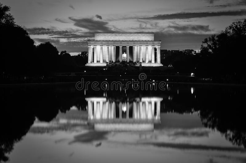 Download Lincoln Memorial And Mirror Reflection In Black And White, Washington DC USA Stock Image - Image of famous, america: 32494973
