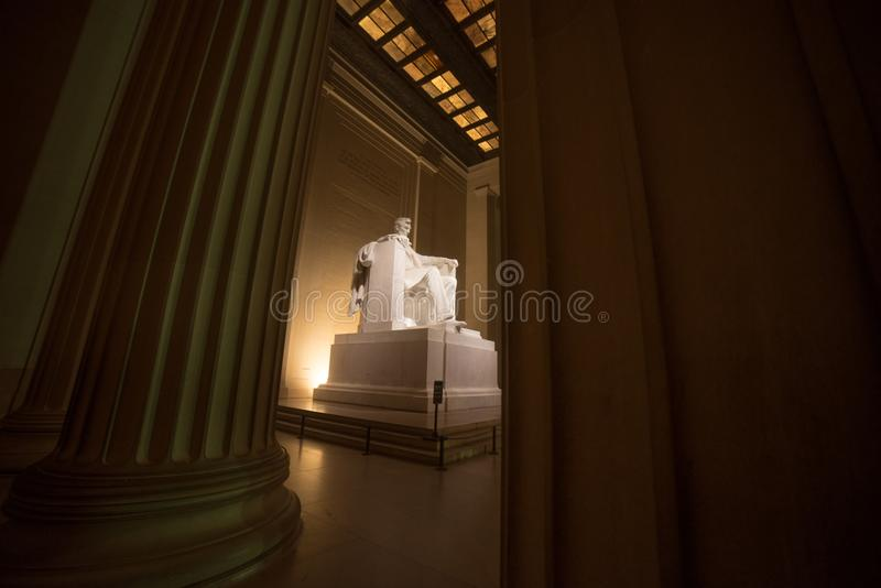 Lincoln Memorial tussen Pijlers royalty-vrije stock foto's