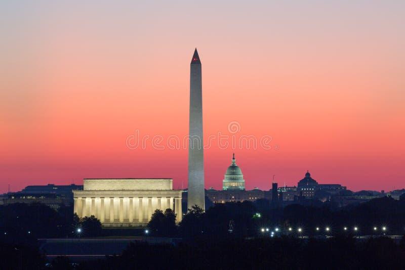Lincoln Memorial, Washington Monument, capital do Estados Unidos imagens de stock royalty free