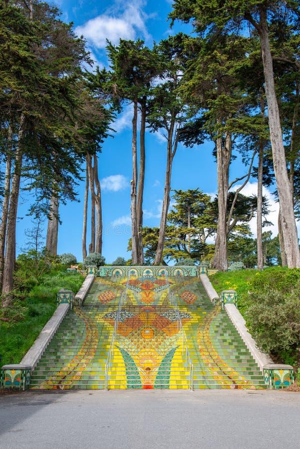 Lincoln Park Steps en la 32da avenida Tejas públicas de la escalera en Lincoln Park, San Francisco imagenes de archivo