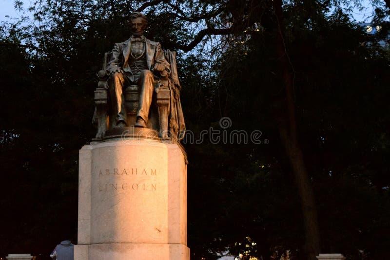 Lincoln Statue in Chicago lizenzfreie stockfotografie