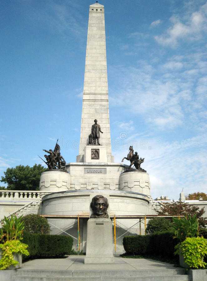 The Lincoln Tomb Springfield Illinois. The Lincoln Tomb is the final resting place of the 16th President of the United States, Abraham Lincoln royalty free stock images