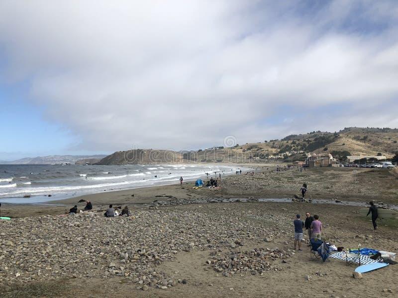 Lindamar,帕西菲卡冲浪者天堂在海湾区域 免版税库存照片