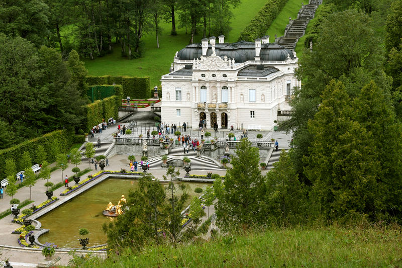 Download Linderhof schloss 库存图片. 图片 包括有 结构树, 绿色, 欧洲, 组塑, 修改, 人们 - 22358611