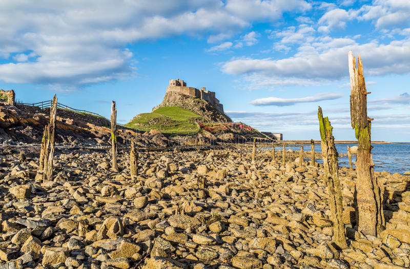 Lindisfarne-Schloss, Northumberland, England lizenzfreie stockfotos