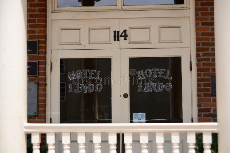 Lindohotel de stad in in Covington Tennesse royalty-vrije stock foto's