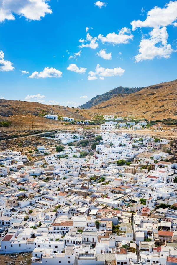 Lindos村庄和它的传统白色archit五颜六色的看法  库存照片