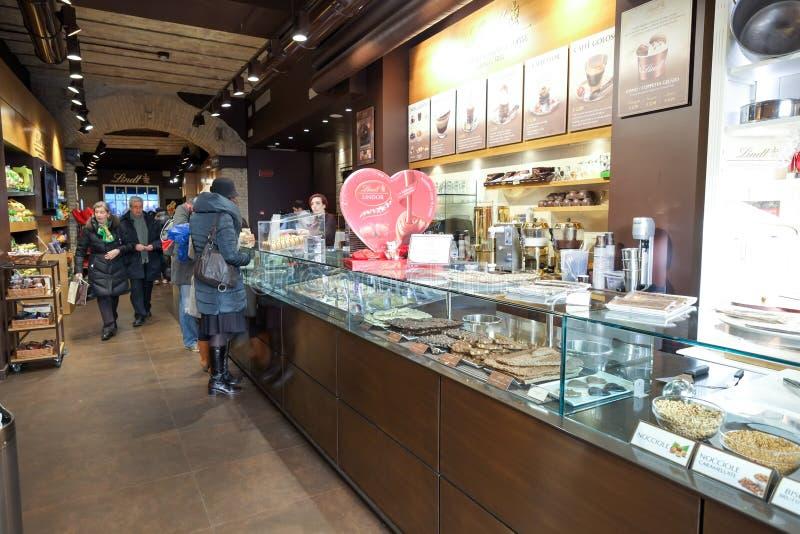 Lindt cukierki i czekolady sklep obraz royalty free