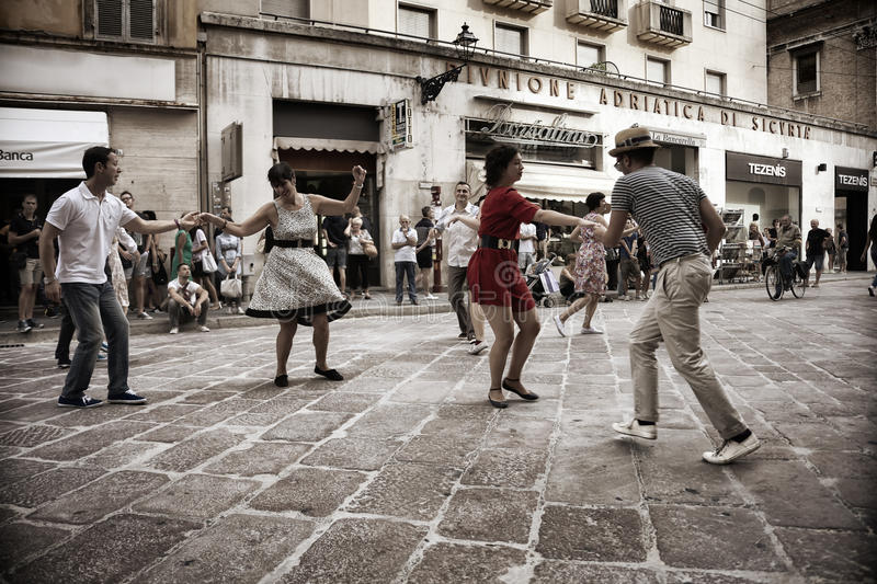 Lindy Hop Flash Mob royalty-vrije stock afbeelding