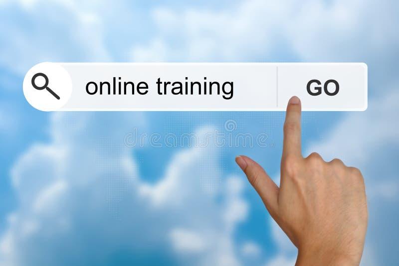 On-line-Training auf Suchsymbolleiste stockbilder