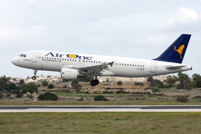 Linea aerea italiana A320 fotografie stock
