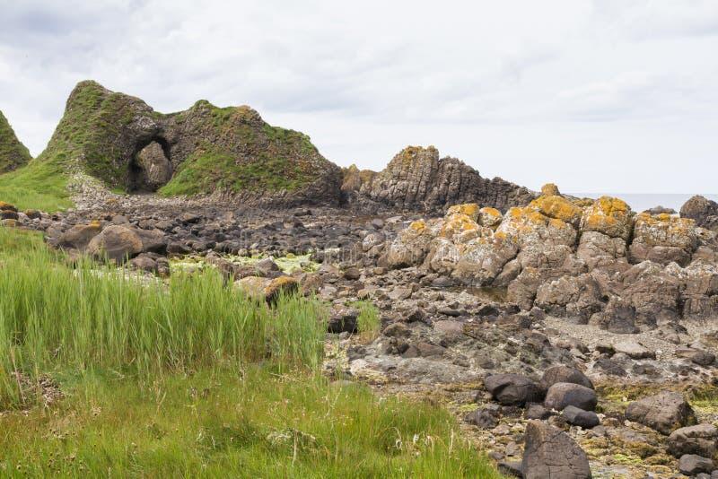 Linea costiera dell'Irlanda del Nord immagine stock