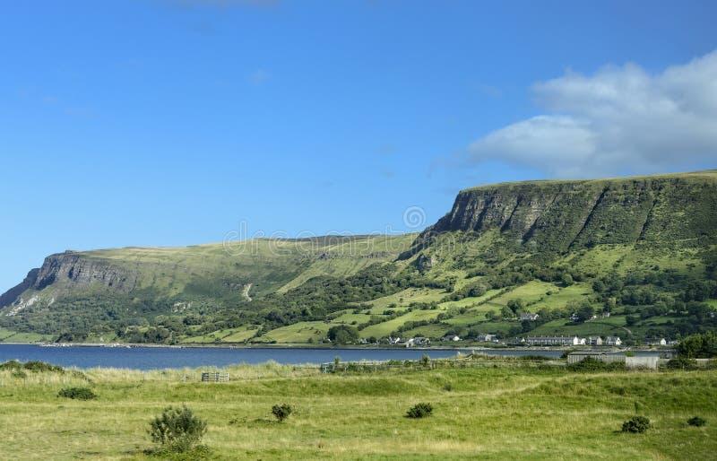 Linea costiera di Antrim in Irlanda del Nord fotografia stock