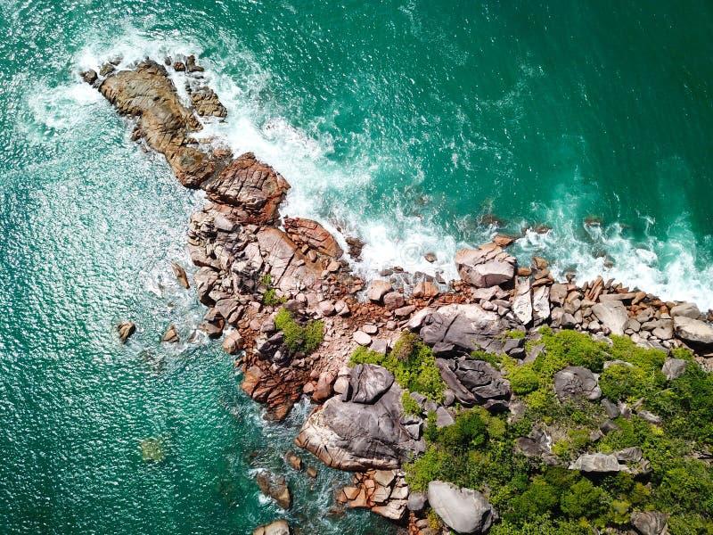 Linea costiera di Praslin fotografia stock